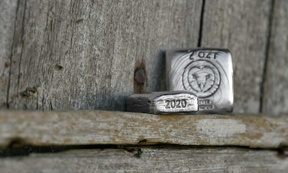Hand Poured Silver Charity 2020 'Owl' Bars side view