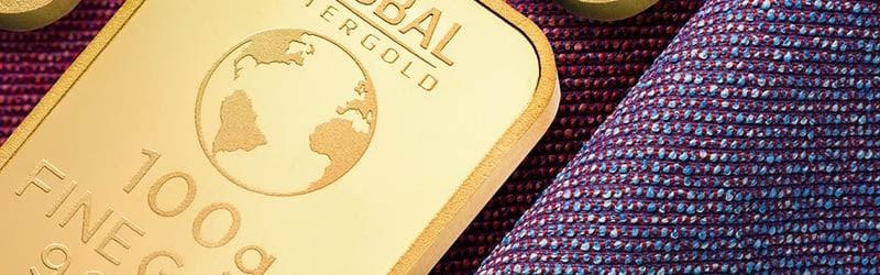 Close up of 100g gold bullion bar