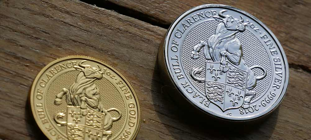 The front and back designs of The Royal Mints UK Queen's Beast Black Bull of Clarence 2018 Coin