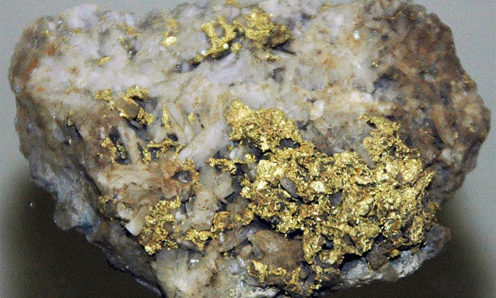 Quarts_Gold-Ever-Mined